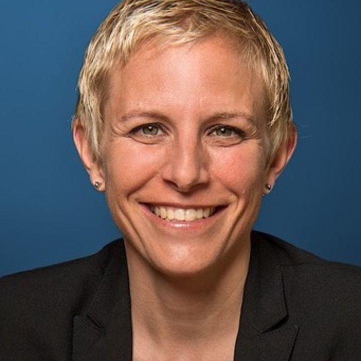 Monika Gadola Hug